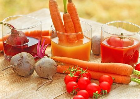 beet juice: Carrot juice, tomato juice and beet juice - healthy drinks