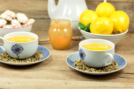 chamomile tea: Chamomile tea, lemon and honey