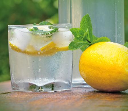 cold: Cold lemonade