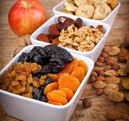 zdrowa żywnośc: Zdrowa żywność - Suszone owoce organiczne Zdjęcie Seryjne