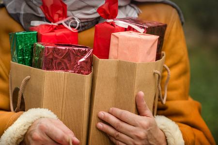 Feestelijke koop - geschenken Stockfoto