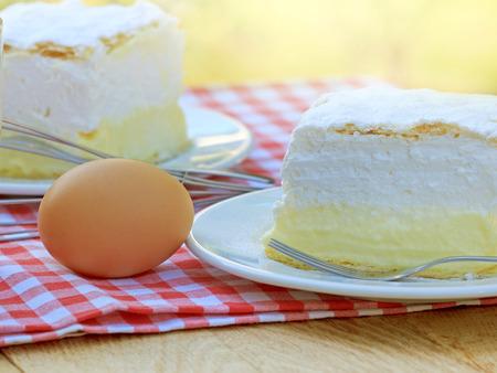 cream cake: Cream cake - Cream pie