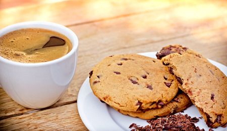 chocolate chip cookies: Chocolate chip cookies and coffe