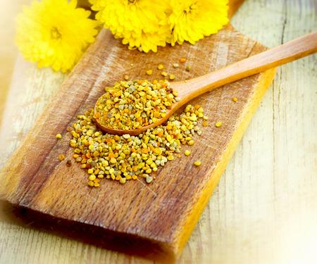 granules: Pollen - pollen granules