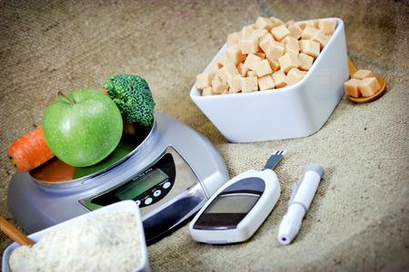 De juiste voeding voor de gezondheid zonder diabetes - het eten van gezonde voeding Stockfoto