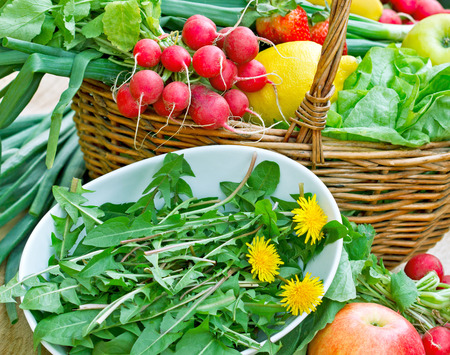 edible leaves: Edible leaves of dandelion, fruit and vegetables