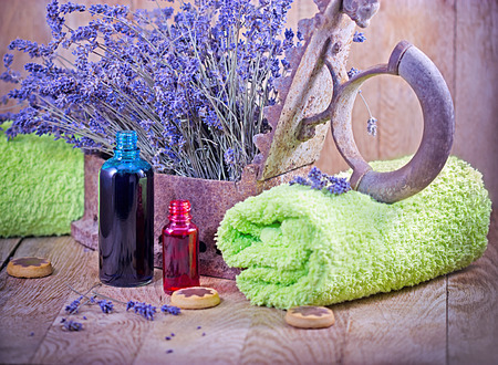lavender oil: Lavender oil (essential oil) and lavender - spa concept