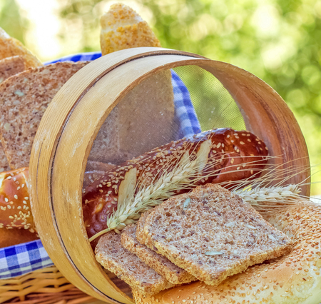 whole grains: Wholemeal bread and rolls (pastries) made with whole grains Stock Photo