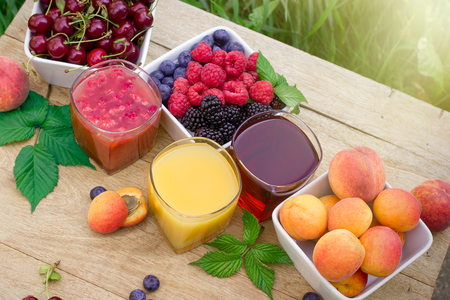 brambleberry: Healthy fruit juice - smoothie and organic fruits