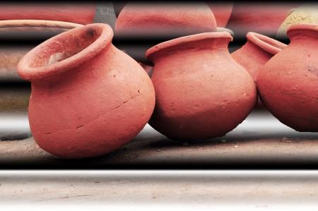 earthen: pentole di terracotta, Poona, Maharashtra, India