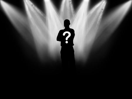 sconosciuto: Silhouette nere della persona contro sfondo lanterne da sopra