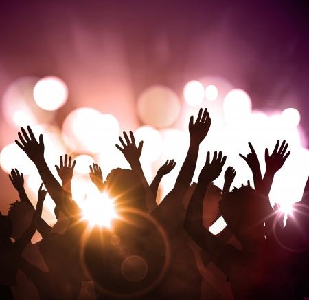 multitud: Partido de la noche, fondo festivo