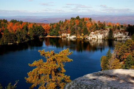 state park: a lake in minnewaska state park, new york Stock Photo