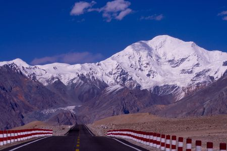Montagne innevate in Xinjiang Pamir Cina del Archivio Fotografico - 5379235
