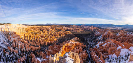 Picture of Bryce Canyon in Utah in winter during daytime