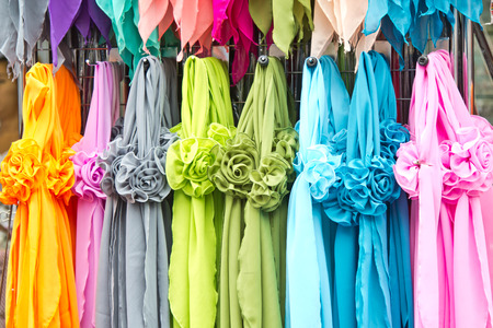 sciarpe: Sciarpe colorate Archivio Fotografico