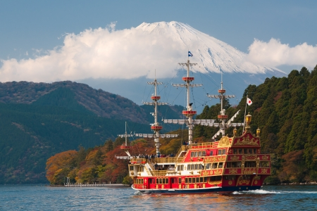 FUJI MOUNTAIN, JAPAN-NOVEMBER 07, View to Fuji Mountain and Ashi Lake at Hakone region on November 07, 2012  Pirate ship does round trip over lake  Ship is very popular attraction for local tourist  Redakční