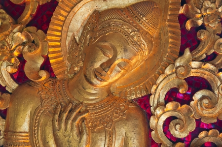 bass relief: Bas-relief of golden buddha with traditional buddhism pattern