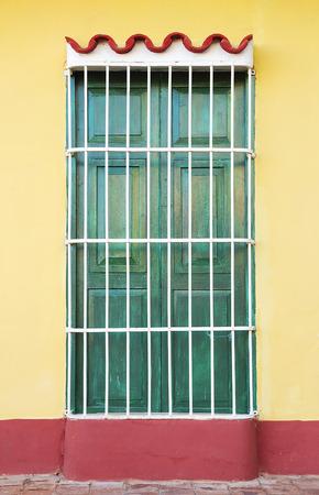 キューバ、トリニダード windows の植民地建築