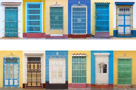 casa colonial: La arquitectura colonial de Cuba, ventanas Trinidad Foto de archivo