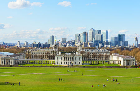 greenwich: Greenwich cityscape with Maritime Museum and Londons skyscrapers