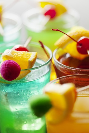 Close up cocktail colorful Sommer Standard-Bild - 8955470