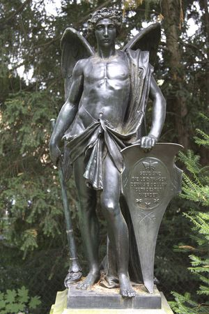 engel: Bronze figure in a park in stuttgart