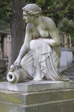 escultura romana: Romano estatua en un parque