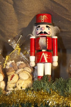 weihnachtsmann: Traditional wooden figure with Christmas biscuits Stock Photo