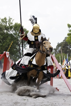 knight of the castle on the show