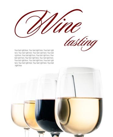 weinverkostung: Weinprobe, ein paar Gl�ser Rot-und Wei�wein close-up auf einem wei�en Hintergrund, isoliert, bereit Vorlage