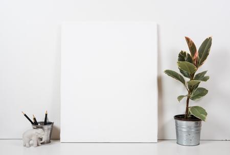 tablero de la mesa de estilo, marco vacío, pintura del cartel arte interior maqueta primer aislado