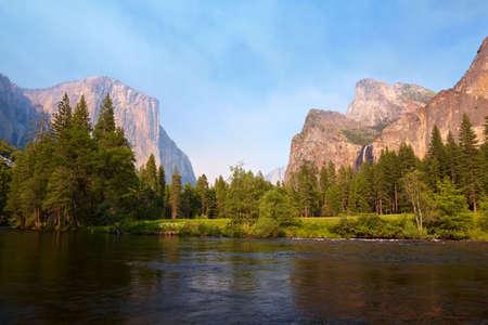 Merced River meadows, Yosemite Valley, Yosemite National Park, California, USA