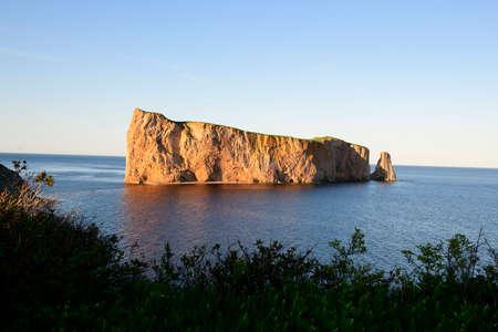 Nice Famous Rocher Perce rock in Gaspe Foto de archivo