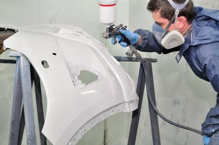 Weiß Stoßstange Gemälde von einem professionellen Lizenzfreie Bilder
