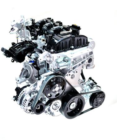 Auto-Motor auf weißem Hintergrund. Lizenzfreie Bilder