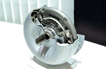 Torque converter (hydro-kinetic) cross section.