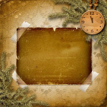 horloge ancienne: Cadran antique avec et firtree sur le fond abstrait Banque d'images