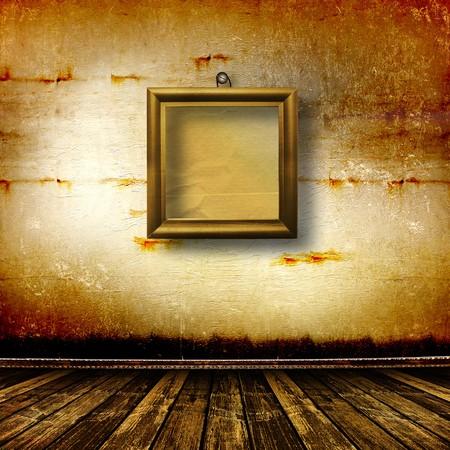 grunge interior: Vieja sala, interior de grunge con marcos en estilo barroco  Foto de archivo