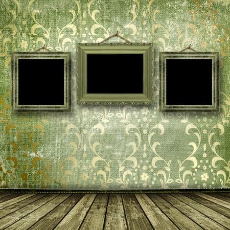 Altgold frames viktorianischen Stil an der Wand im Zimmer