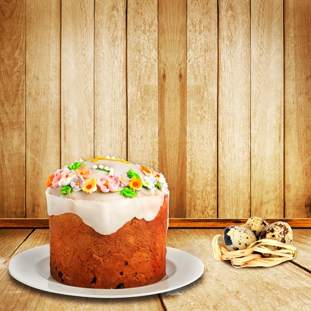 Celebratory cake and quail eggs for Easter holiday Stock Photo - 12320756