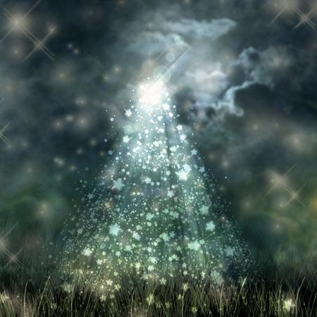 moonlight: Luz de la luna m�stica que fluye desde el cielo oscuro de la tierra