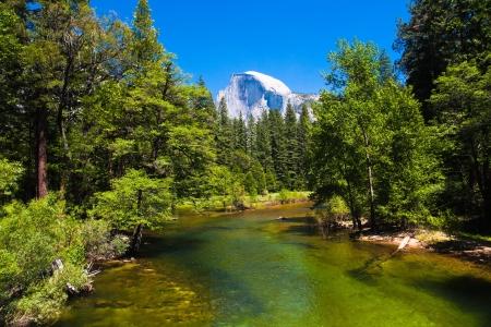 Half Dome Rock , the Landmark of Yosemite National Park,Californiaa 版權商用圖片
