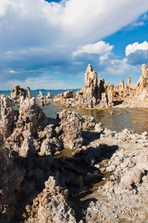 Tufa Formation in Mono Lake, Kalifornien Standard-Bild - 20138923