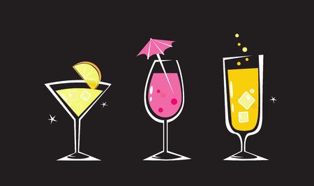 orange juice glass: Insieme di bevande retr� isolato su sfondo nero. Vetro Martini, vino e cocktail. Prendere la calda estate cocktail.