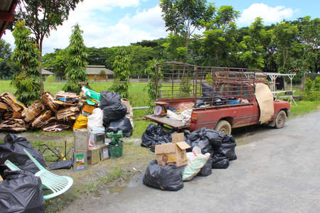 Chiang Mai-Thailand-September 11,2012:Business-buy-stuff-to-recycle-in maerim.