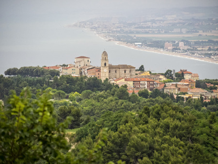 np: The town of Sirolo, Conero NP, Marche, Italy