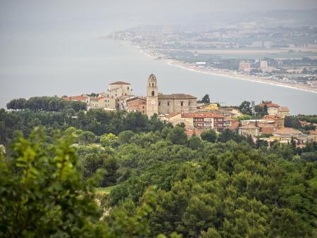 marche: The town of Sirolo, Conero NP, Marche, Italy