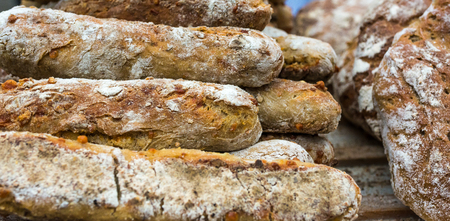 Italian wholemeal bread typical of the Trentino Alto Adige region (South Tyrol). Traditional bread with walnuts and fennel seeds.
