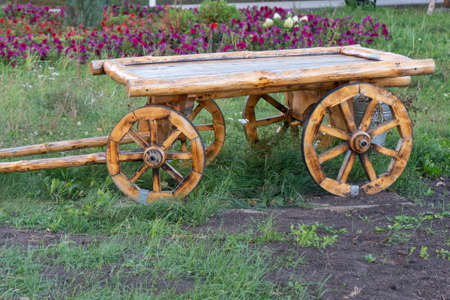 Vintage wooden cart in the Park